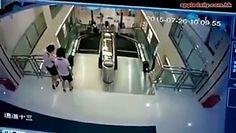 maman sauve son fils avant de happer par un escalator defectueux - http://www.newstube.fr/maman-sauve-son-fils-avant-de-happer-par-un-escalator-defectueux/ #Maman, #SauveSonFils