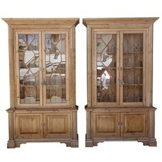 Pair of 19th Century English Pine Chippendale Bookcases 1