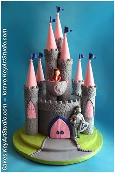 Castle cake with knight and princess