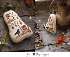 Juliet Magic Cross Stitching: Pear under the First Snow Cross Stitching, Cross Stitch Embroidery, Fall Cross Stitch, Rear View Mirror Accessories, Cross Stitch Designs, Stitch Patterns, First Snow, Pin Cushions, Fall Halloween