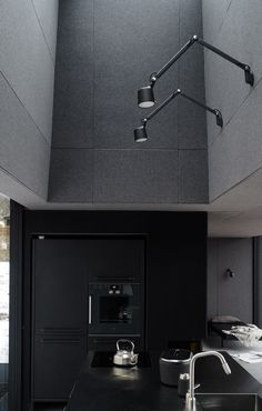 The Vipp Shelter vipp kitchen Minimal Kitchen, Minimal Living, Minimal House Design, Floor Slab, Black Rooms, Forest Design, Sleeping Under The Stars, Dark Interiors, Küchen Design