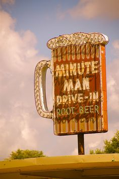 #ridecolorfully to the drive-in on my #katespadeny #vespa!  Photo of Minute Man Root Beer, Elkhart, IN by Equinox27, via Flickr