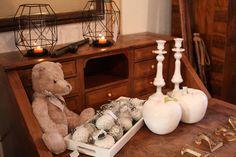 Am 1. Adventssonntag laden wir herzlich zum WINTERZAUBER in das 500 qm große Antiklager Schatzkiste bei Bamberg ein. Festlich geschmückt öffnet die Schatzkiste die Pforten. Entdecken Sie bei Glühwein, Punsch und Plätzchen Neues & Antikes aus über 3 Jahrhunderten für Ihr schönes Zuhause. Entryway Tables, Furniture, Home Decor, Punch, Bamberg, Beautiful Homes, Cordial, Antiquities, Nice Asses