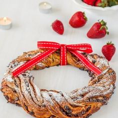 Strawberry , Chocolate Chip Christmas Wreath Recipe -Imagine this gorgeous wreath the centerpiece on your Christmas table, perhaps with an arrangement of candles in the middle or some flowers, and imagine the surprise when you tell everyone that not only did you make it but that at the end of the meal they get to eat it!...