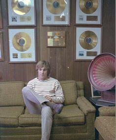 Dennis wilson, The Beach Boys Dennis Wilson, Mike Love, The Beach Boys, Boy Pictures, 1960s, Rock, Halloween, Awesome, Blog
