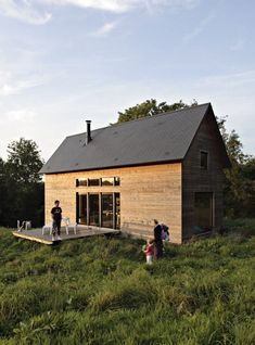This two-level cabin or F House is 979 sq. ft and certainly big enough for a…