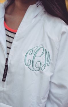 Southern Curls Pearls: Rainy Days, Monograms a Giveaway Preppy Southern, Southern Prep, Southern Living, Cute Raincoats, Preppy Style, My Style, Preppy Monogram, Southern Curls And Pearls, Winter Outfits