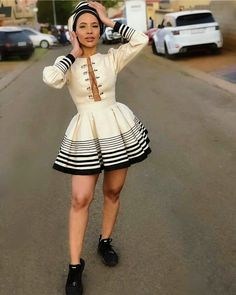 Do you want to craft SOUTH AFRICA XHOSA DRESSES from your modern fabric and don't have an idea of where to start or what to make? South African Dresses, South African Traditional Dresses, African Fashion Ankara, African Print Fashion, African Attire, Traditional Outfits, Traditional Styles, African Prints, Traditional Wedding