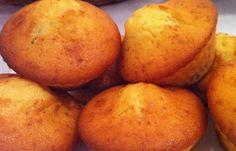Jogurtiniai keksiukai su idaru arba jogurtinis plumcake