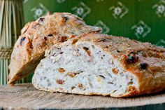Rustic Golden Raisin Pecan Bread, no knead method!!