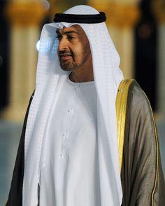 Sheikh Mohammed, Arab Men, Abayas, United Arab Emirates, Good Looking Men, Abu Dhabi, Royals, Dubai, How To Look Better