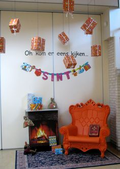 mooi voor december School Decorations, School Themes, Diy And Crafts, Crafts For Kids, Party Organization, Saint Nicholas, Diy Design, Christmas Crafts, Scary Scary