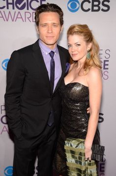 The Devers at the People's Choice Awards; I had no idea Jenny and Ryan were actually married in real life <3