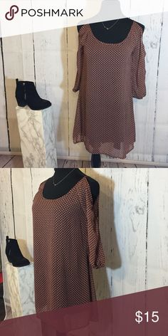 Open Shouldered Dress Open shouldered, quarter length sleeve dress with a beautiful pattern consisting of black, orange, and blue with a black underlining. This dress is comfortable and simple to style. Only worn once with no flaws, in amazing condition! Dresses
