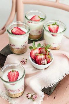 Svieže dezerty plné vitamínov: Ovocie v pohári je efektné!