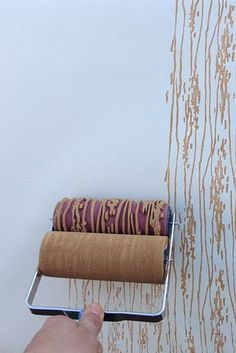 26 Things On Etsy You Need To Buy Right Now Holzmaserung Design Gemusterte Farbroller: WOW … Spaß! Creative Wall Painting, Creative Walls, Inspiration Wand, Creative Inspiration, Design Inspiration, Patterned Paint Rollers, Paint Rollers With Designs, Paint Designs, Home Decor Hacks
