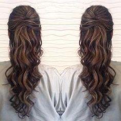 Resultado de imagen para prom hairstyles