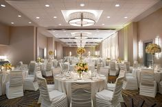 Our Grand Ballroom is ideal for large wedding receptions. The lighting is customizable to your wedding colors. www.wyndhamgrandchicagoriverfront.com