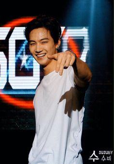 JB ❤️❤️❤️ his smile is so beautiful