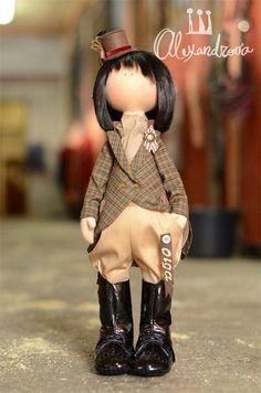 Авторская кукла Татьяны Александровой: OLGA Оригинальная идея принадлежит Татьяне Коннэ. Рост куклы 46см., тело выполнено из кукольного трикотажа, наполнитель — холлофайбер, волосы - синтетический к...