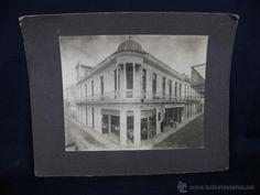 Fotografía antigua: fotografía Cuba calle paseo Habana esquina edificio comercios sello fotógrafo borroso finales XIX - Foto 1 - 40968432