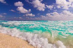 Clear ocean waves on the beach