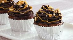 Enjoy these salted turtle cupcakes made using Betty Crocker® SuperMoist® cake mix - must dessert for all chocolate lovers.