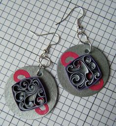 quilled earrings - by Quilliance