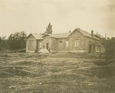 An undated photo of the grammar school at Barrie, where William Osler was a student from 1864 to 1866.
