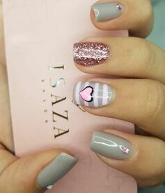 Sencillas y lindas Love Nails, Fun Nails, Pretty Nails, Nails For Kids, Cute Nail Art, Beautiful Nail Designs, Fabulous Nails, Nail Stamping, Nail Tips