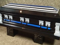 Edna Man Donates Caskets to Fallen Baton Rouge Officers - Crossroads Today