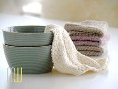 Spültücher stricken macht riesigen Spaß und ist ein richtiger Trend geworden. Im Blog bekommt Ihr jeden Monat ein kostenloses neues Muster für Eure Tücher