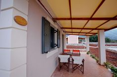 Villa Thalia Terrace in Karavados Kefalonia, Luxurious Villas and bungalows for rent in Kefalonia - http://korallisvillas.gr