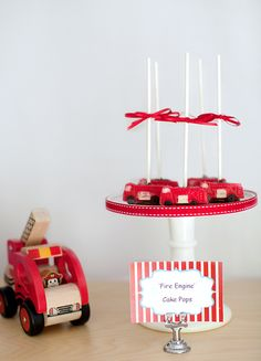 Fire engine cake pops #firetruck #cakepops