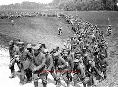 WW1, Battle of the Somme, 1916, German prisoners.  -La PremièreGM, 14-18 (@1erGM) | Twitter