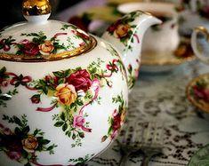 english flowered tea pot