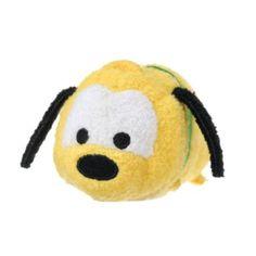 DISNEY PLUTO. Minipeluche Tsum Tsum de Pluto con detalles 3D y relleno de bolitas.