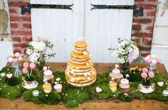 Moss Décor Ideas for a Nature Inspired Wedding - dessert table