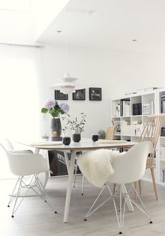 Und schon wieder... | SoLebIch.de House Doctor, Room Interior, Interior Design, Sweet Home, Ikea Expedit, Dining Room, Dining Table, My Dream Home, Eames