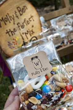 Inexpensive and unique ideas wedding favors pinterest favors diy wedding favors junglespirit Gallery