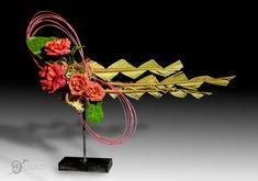 Floral Style, Floral Design, Sogetsu Ikebana, Modern Flower Arrangements, Garden Club, High Art, Club Style, Flower Show, Deli