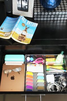 Organized Nightstand Drawer - Use nightstand drawer organizers to clear the clutter and keep your bedside table organized. Bedside Table Organization, Cluttered Bedroom, Emotional Clutter, Organizing For A Move, Mini Office, Decorative Storage Boxes, Declutter Your Life, Organisation Hacks, Basket Shelves