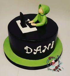 One boy cake by Zerina - Top Trends Birthday Cake For Him, Funny Birthday Cakes, Birthday Wishes Cake, Cupcake Cake Designs, Cupcake Cakes, Computer Cake, Anime Cake, Cake For Husband, Bithday Cake