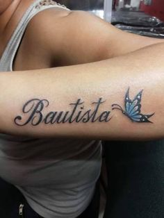 Lindo Nombre y Mariposa Name Tattoo On Hand, Name Tattoos On Arm, Lyric Tattoos, Baby Tattoos, Rose Tattoos, Body Art Tattoos, New Tattoos, I Tattoo, Sleeve Tattoos
