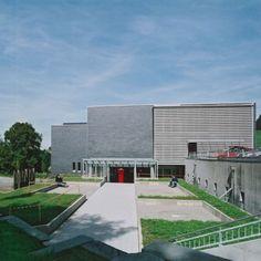 Berufsbildungszentrum In Waagerechter Deckung Von Rathscheck Schiefer