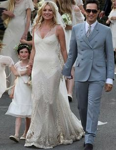 Kate Moss on her wedding day. ELLE's guide to the ultimate Great Gatsby 1920s inspired wedding http://on.elleuk.com/Zb0HsT
