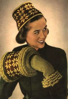 Vintage winter knitting fashion Vintage Knitting, Hand Knitting, Vintage Beauty, Vintage Fashion, 1940s Woman, Holiday Wear, Vintage Closet, Vintage Winter, Baby Winter