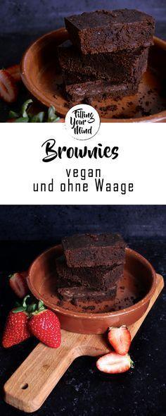 """Die besten Brownies macht nach wie vor meine bessere Hälfte, dennoch sind diese hier für """"Ich habe keine Waage, aber will JETZT irgendwas gebackenes mit Schokolade!"""" wirklich gut geworden. #vegan #veganesrezept #brownievegan #brownie #chewy #ohnewaage #veganebrownies"""