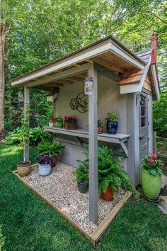 Backyard Storage Sheds, Backyard Sheds, Backyard Landscaping, Storage Shed Landscaping Ideas, Rustic Backyard, Diy Garden, Garden Pots, Garden Table, Herb Garden