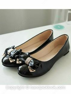 Black Leatherette Flat Heel Closed Toe With Bowknot Shoes -$10.49